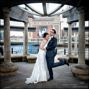 Bride and Groom in Newcastle with the Baltic in the Background