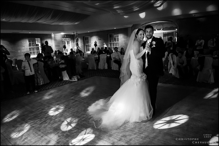 Linden_Hall_First_Dance_Wedding_Photographers-9