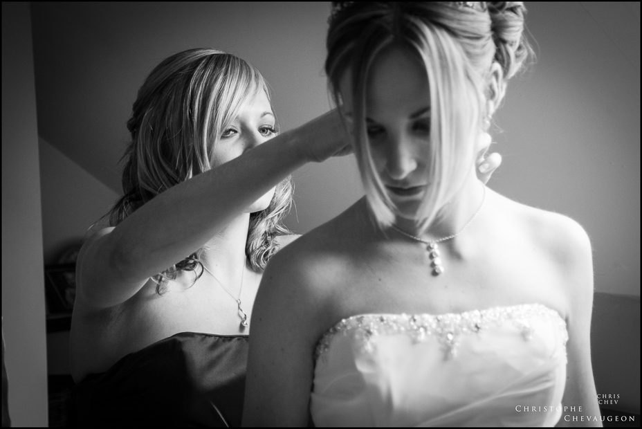 North East documentary wedding photography black and white bridal preparations