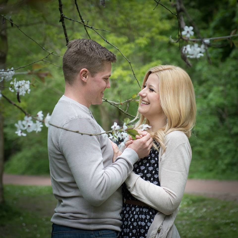 Wedding_Engagement_Photography_Jesmond_Dene_Newcastle-42