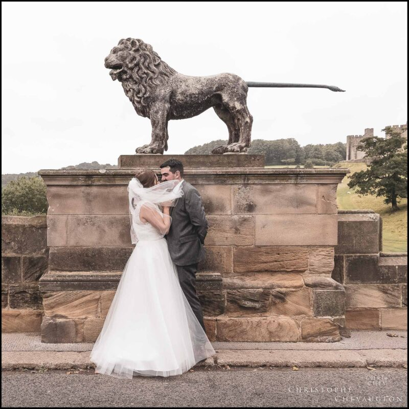 An Alnwick Wedding With a Stroll on the Lion Bridge